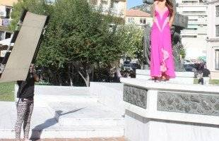Και μια Καρυάτιδα στην πλατεία Καπνεργάτη
