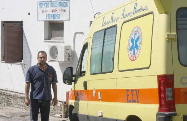 Ο Κ. Τσιτσιλικάκης σχολιάζει την κινητοποίηση του ΕΚΑΒ στο πολύνεκρο τροχαίο και την υποχρεωτικότητα στους εμβολιασμούς