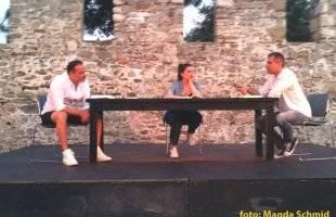 Ο Γιάννης Κωνσταντινίδης με τα μάτια του Κοσμά Χαρπαντίδη. Μια εξαιρετική παράσταση στο Φάρο