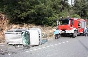 Τροχαίο με δύο τραυματίες στον Άγιο Σίλα (Φωτογραφίες)