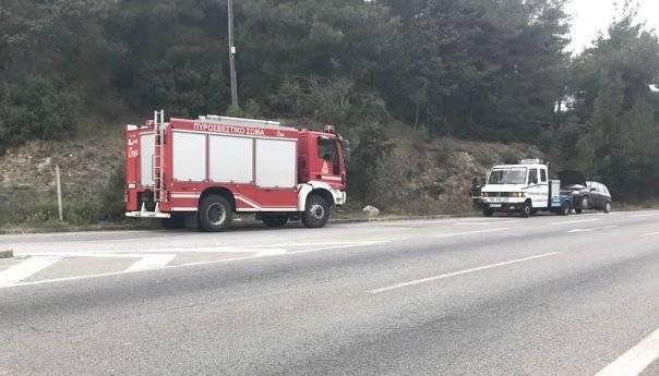 Οδηγός πρόλαβε φωτιά στο όχημα που οδηγούσε (φωτογραφία)