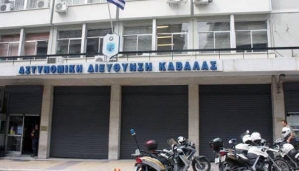 Συνελήφθη σπείρα νεαρών διαρρηκτών ( οι δύο ανήλικοι) που είχανε διαρρήξει 4 καταστήματα στην Καβάλα