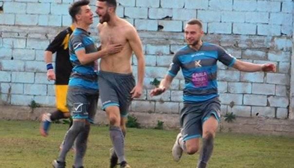 Χρυσό γκολ ο Παντελίδης και 1-Ο ο Βύρων την ΑΕΚ(φωτογραφίες)