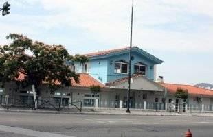 Δημοτικό ναυτικό μουσείο χωρίς πινακίδα
