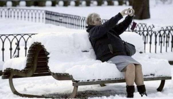 Τα έχουμε χάσει εντελώς ...  Έρχεται νέος χιονιάς  ;