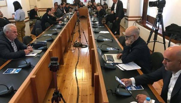 Αμφιδρόμηση και ΔΗΜΩΦΕΛΕΙΑ στο δημοτικό συμβούλιο που συνεδριάζει το απόγευμα