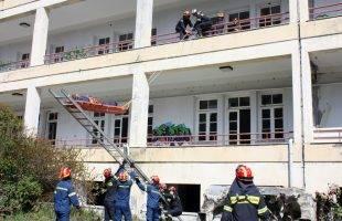 Άσκηση της Πυροσβεστικής στο κτήριο του Σανατορίου που ρημάζει!