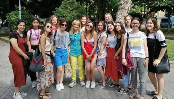 Φοιτητές εθελοντές στην Καβάλα μέσω του Λυκείου των Ελληνίδων