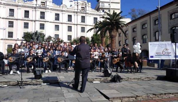 Το 6ο Γενικό Λύκειο Καβάλας οργάνωσε εορτασμό Ημερών ERASMUS 2019  στα πλαίσιατου Πανευρωπαϊκού εορτασμού