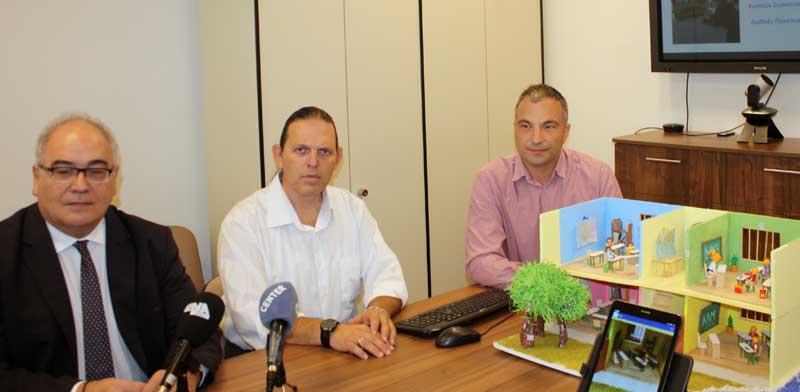 Πρώτη παρουσίαση του Virtual School παρουσία του έλληνα επίτροπου στην Ευρωπαϊκή Ένωση