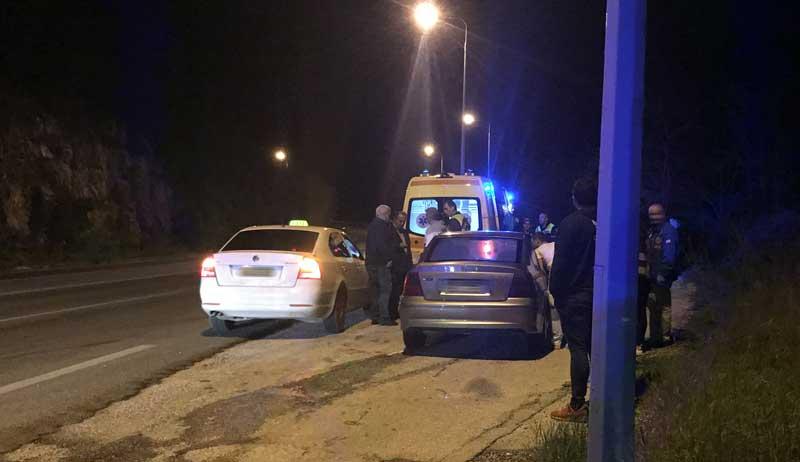 Τροχαίο ατύχημα στον Σταυρό Αμυγδαλεώνα(φωτογραφίες)