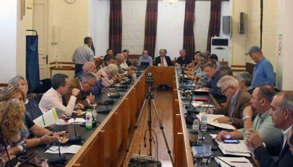 Η διόρθωση της απόφασης για τη διοίκηση της ΔΕΥΑΚ ξεχωρίζει στη σημερινή συνεδρίαση