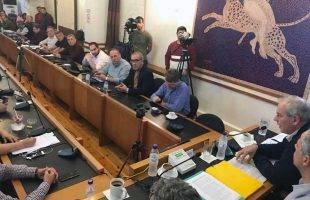 Με ομόφωνο ψήφισμα ολοκληρώθηκε ήρεμη συνεδρίαση για τη δομή στο «Ασημακοπούλου»