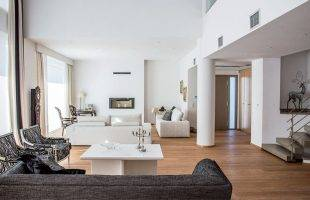 Architecture & Design -  Μία εντυπωσιακή μονοκατοικία με σύγχρονο design στην Καβάλα