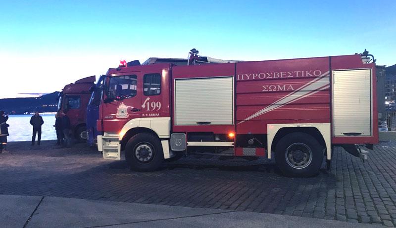 Πρόλαβαν φωτιά σε φορτηγό στο λιμάνι (φωτογραφία)