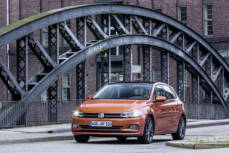 """Τον Απρίλιο η απάντηση για την επένδυση της Volkswagen στην Ελλάδα. Το στοίχημα της ηλεκτροκίνησης και οι πιθανότητες να γίνει η Θάσος το """"έξυπνο"""" νησί"""