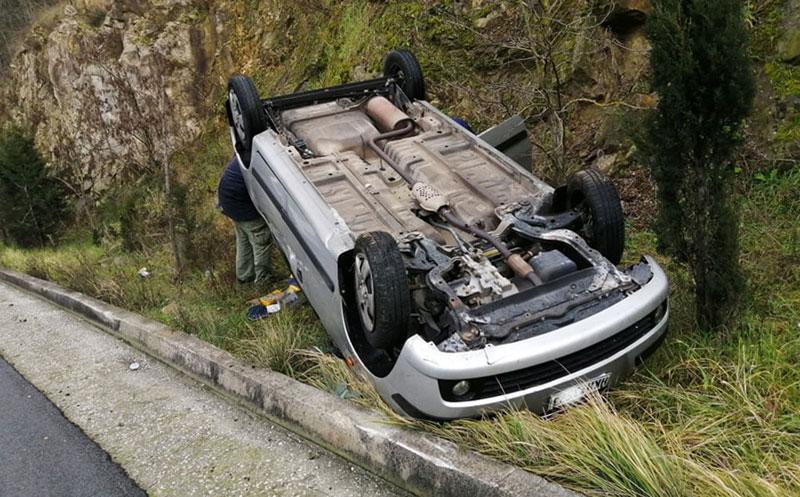 «Ανατροπή» αυτοκινήτου στις στροφές του Αγίου Σίλα στην Καβάλα
