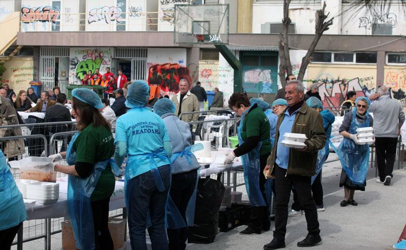 Συνοικιακοί σύλλογοι βοηθούν εθελοντικά την εκδήλωση της Καλαμίτσας – Οργανώνουν τους αποκριάτικους χορούς τους