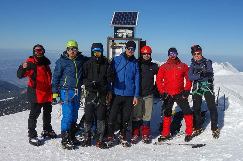 Ο Ε.Ο.Σ. και ο Σ.Χ.Ο. Καβάλας στην κορυφή Vihren (2914m) του Pirin