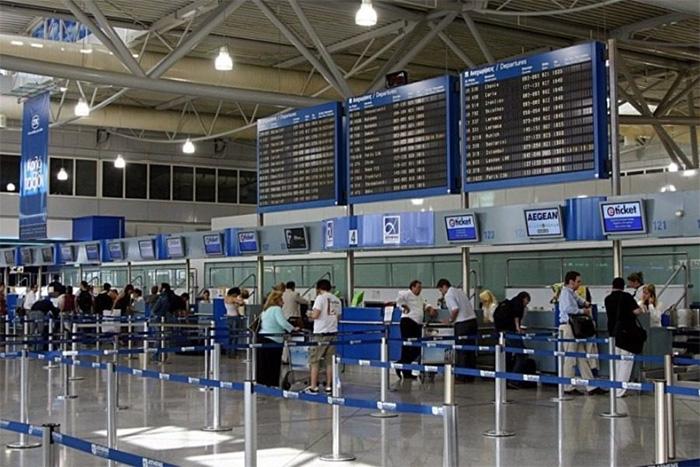 Κλείνουν όλα τα αεροδρόμια στη χώρα;