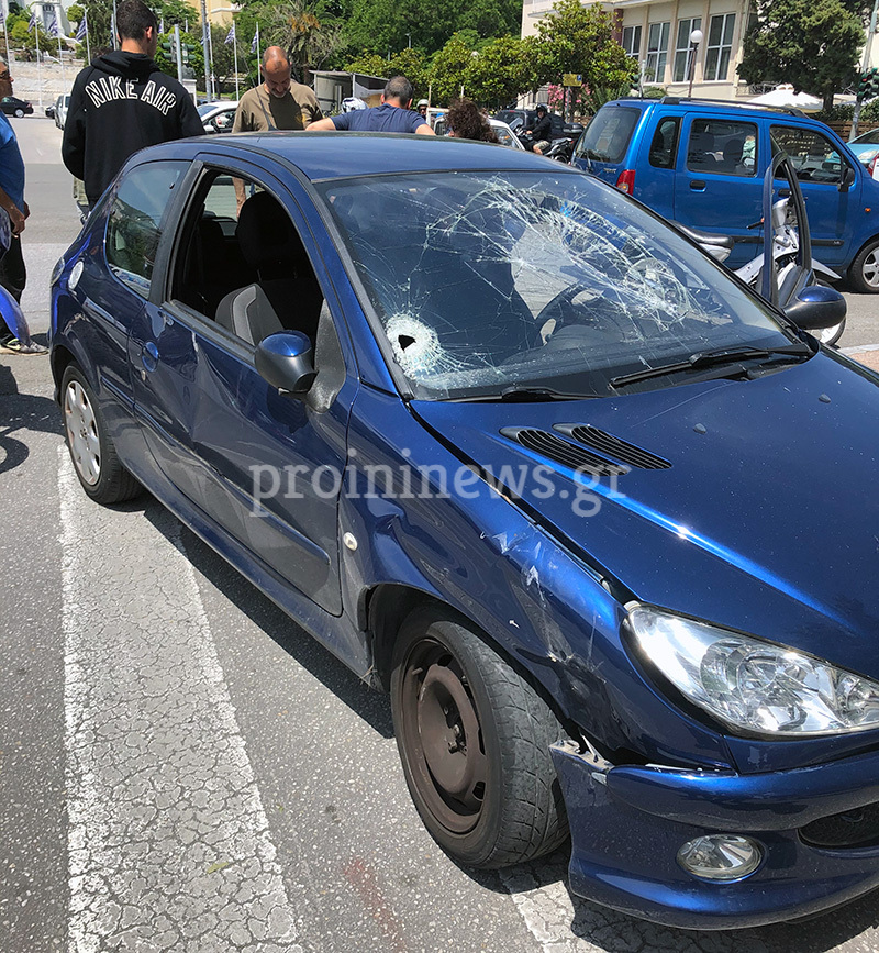 Τραυματίστηκε οδηγός δικύκλου στο κέντρο της Καβάλας (φωτογραφίες)