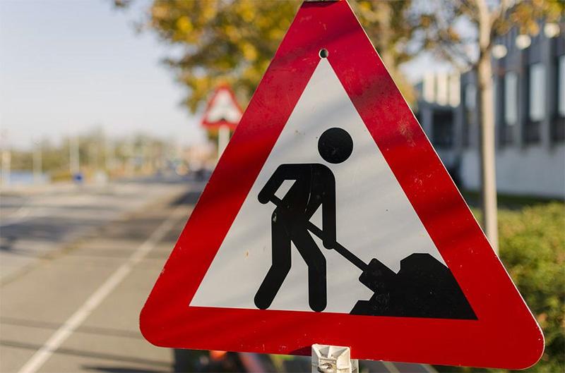 Εργασίες συντήρησης σε δρόμους προς Χαλκιδική και Καβάλα από την Π.Κ.Μ