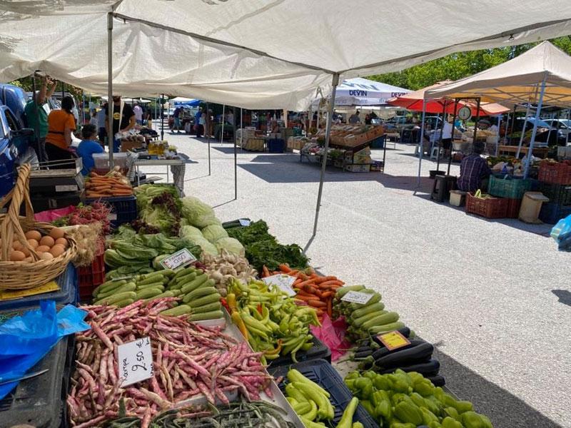 Η λαϊκή αγορά της Καλαμίτσας πρέπει να στηριχθεί από τους παραγωγούς