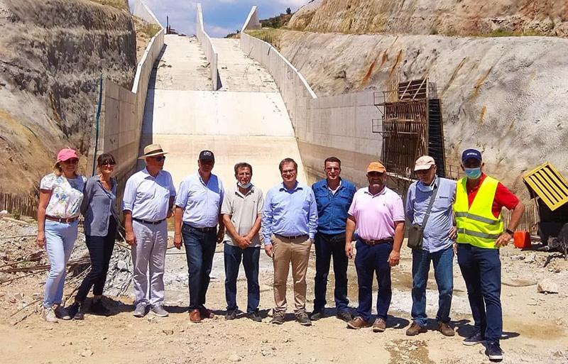 Ακροπόταμος: Συνεχίζονται οι εργασίες κατασκευής του επιχώματος στο Φράγμα του Μαρμαρά (video)