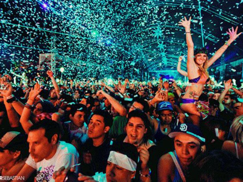 ΠΡΟΣΟΧΗ μην γίνουν τα πάρτι μας , πάρτι του Covid – 19