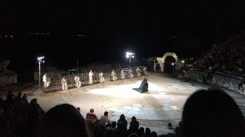 """Τα ΕΥΣΗΜΑ στην ΠΑΡΑΣΤΑΣΗ """"Πέρσες"""" του Εθνικού Θεάτρου"""