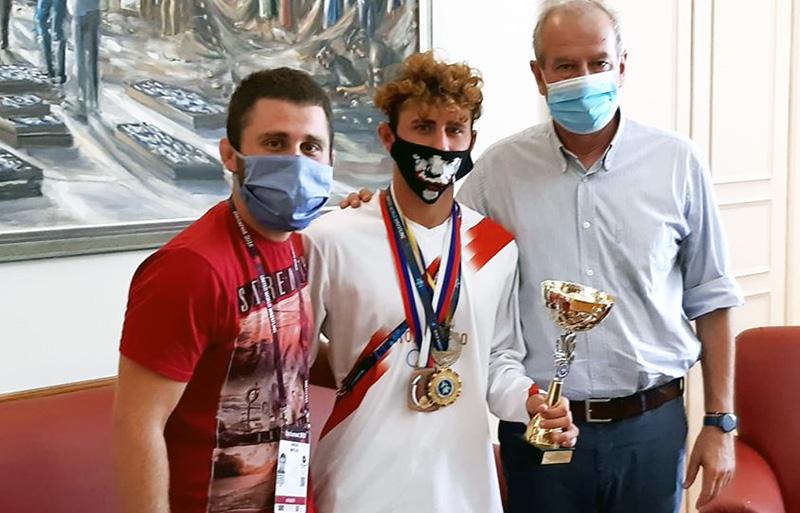 Δήμος Καβάλας: Συγχαίρει & στηρίζει τον παγκόσμιο πρωταθλητή Ελευθέρας Πάλης Γιάννη Μαρτίδη