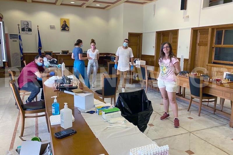 ΕΟΔΥ: Μπαράζ 140 διαγνωστικών τεστ κορωνοϊού μέχρι αύριο στην πόλη