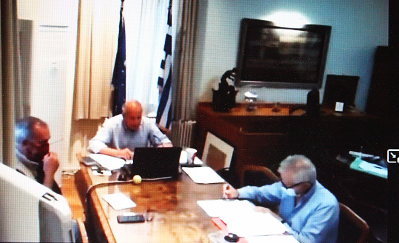 Πολλά ερωτήματα στη διοίκηση και απαντήσεις Δημάρχου, Αντιδημάρχων- Θα συνεχιστούν οι συνεδριάσεις με τηλεδιάσκεψη