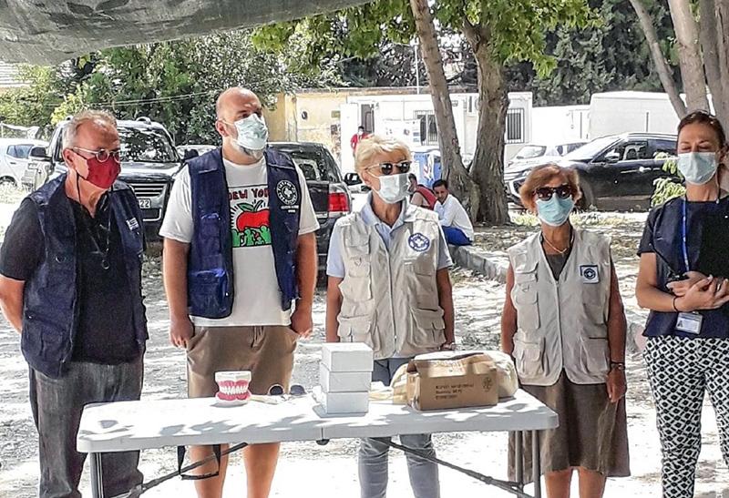 Η ομάδα εθελοντών των Γιατρών του Κόσμου μοίρασε οδοντόβουρτσες στα μικρά παιδιά της Δομής Ασημακοπούλου (φωτογραφίες)