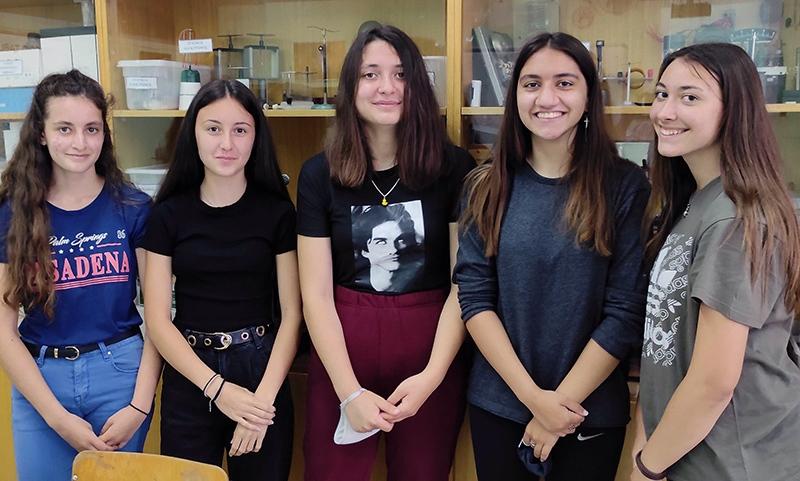 Στην κορυφή το Γυμνάσιο Νέας Περάμου: 1η θέση στον Πανελλήνιο Διαγωνισμό της ΕΕΦ «Θέλουμε πειράματα» (video)