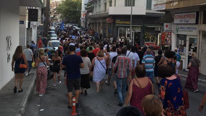 Με πολύ κόσμο η δεύτερη διαμαρτυρία για τον υποχρεωτικό εμβολιασμό