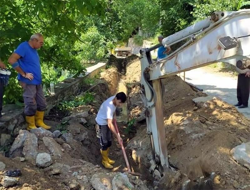 ΔΕΥΑΚ: Αντικατάσταση φραγμένου δικτύου ύδρευσης στην κοινότητα Κορυφών