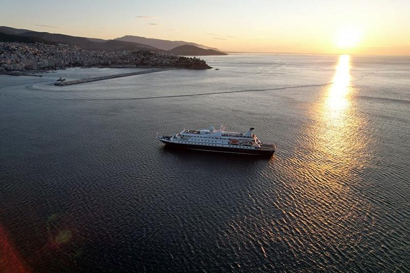 Καλημέρα από το λιμάνι της Καβάλας