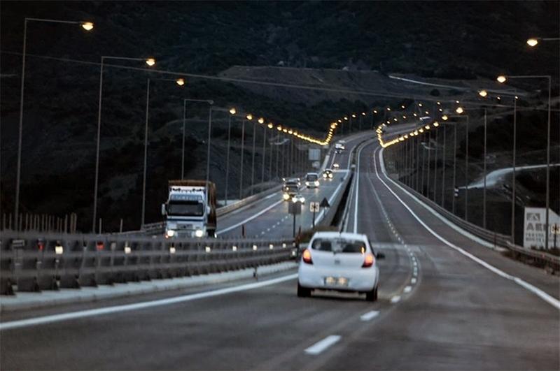 Συνελήφθη στην Εγνατία Οδό Θεσσαλονίκης – Καβάλας διότι οδηγούσε χωρίς δίπλωμα